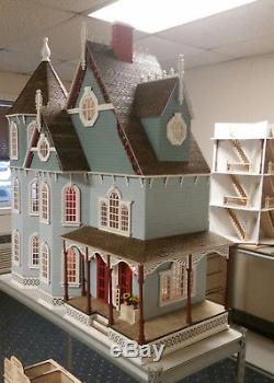112 Scale New Leon Victorian Gothic 2018 Dollhouse Kit 0001726