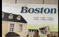 Artesania Lantina Wood Doll House Kit Boston House 112 Scale