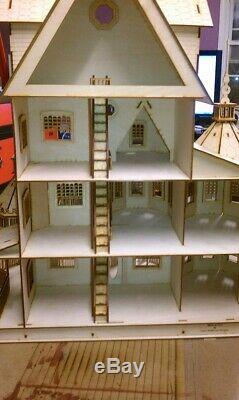Ashley Half Inch Scale Dollhouse Kit
