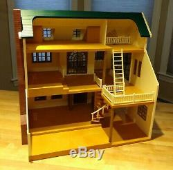 Calico critters/sylvanian families Green Hill Deluxe Manor House