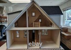 Clarkson Craftsman Cottage Dollhouse 112 scale