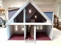 Clarkson Craftsman Cottage Dollhouse 124 scale