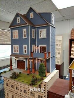 Clarkson Craftsman Mansion 112 Dollhouse