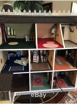 FULLY BUILT. WOODEN DOLL HOUSE HANDMADE One Of A Kind! Not A Kit 112 Artist