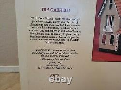 Garfield Dollhouse 8010 Wood Doll house kit mansion by Greenleaf House Set IOB