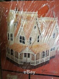 Greenleaf's The Pierce Dollhouse Kit