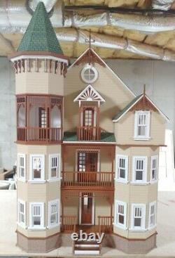 House on the Hill 112 scale