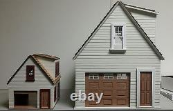 Lansdowne 124 scale Dollhouse ONE car garage/workshop