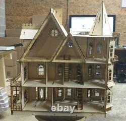 Leon Gothic Victorian Mansion Dollhouse Half inch (124 scale Kit)