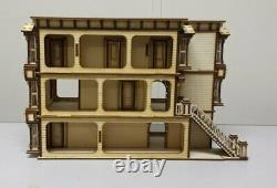 Lisa Painted Lady San Francisco Garage/French door kit (148 scale)