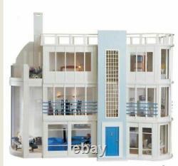 Malibu Beach House Kit by the Dolls House Emporium