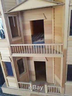 Mansions In Miniature San Franciscan New Dura Craft Wooden Doll House Kit, Full