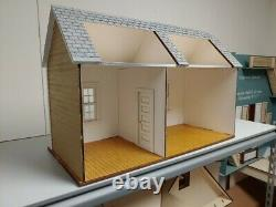 Traditional Cottage/workshop/pool room/ mini store 112 scale Dollhouse