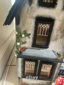 Victorian Greenleaf Fairfield dollhouse, built 112 scale, handcrafted, painted