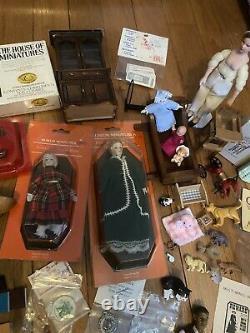 Vintage Dollhouse Furniture And Miniature Lot 112
